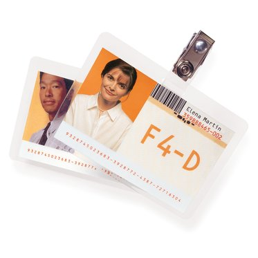 "HeatSeal Crystal Clear, ID badge w/o slot 2-9/16"" x 3-3/4"", 5 Mil, 100 pcs"