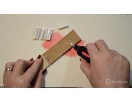 How to use the Derwent Electric Pencil Eraser